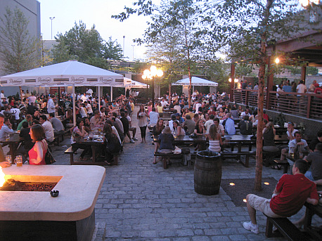 Studio Square Beer Garden, Long Island City