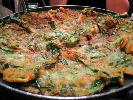 I like pancakes. And I like Korean pancakes. But this is one good pancake.